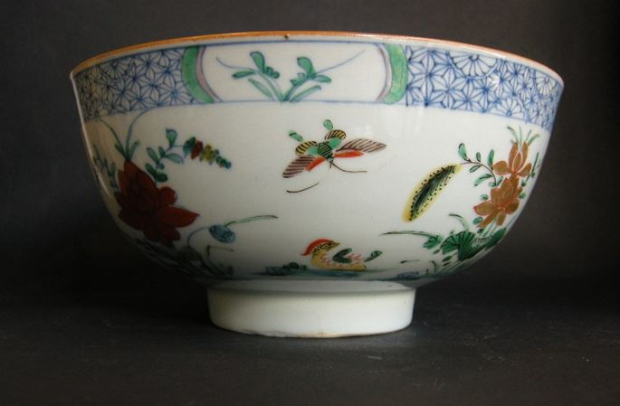 """Pair porcelain bowls """"Famille verte"""" decorated with the doucai style  - Yongzheng period   MasterArt"""