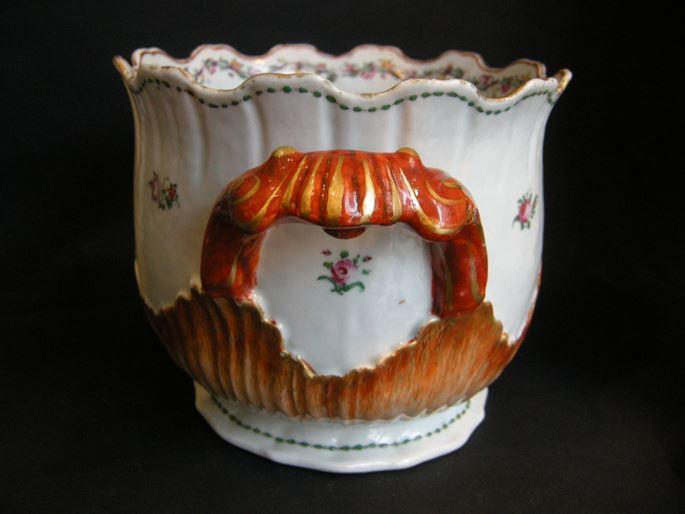 "Winecooler porcelain ""famille rose"" - Qianlong period | MasterArt"