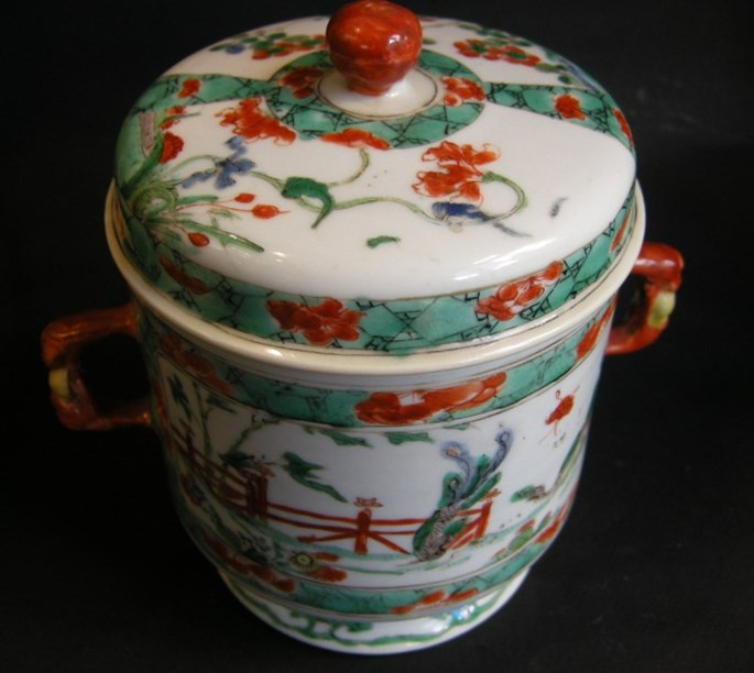 "Pair pots and covers with handles in famille verte"" porcelain-Kangxi period 