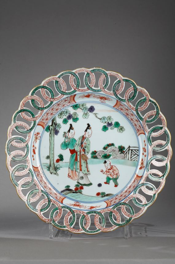 Plateս with rim reticulated - Famille verte porcelain - Kangxi period | MasterArt