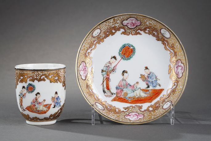 Cup with handle  and saucer Famille rose porcelain  finely decorated -with lady court taking the tea | MasterArt