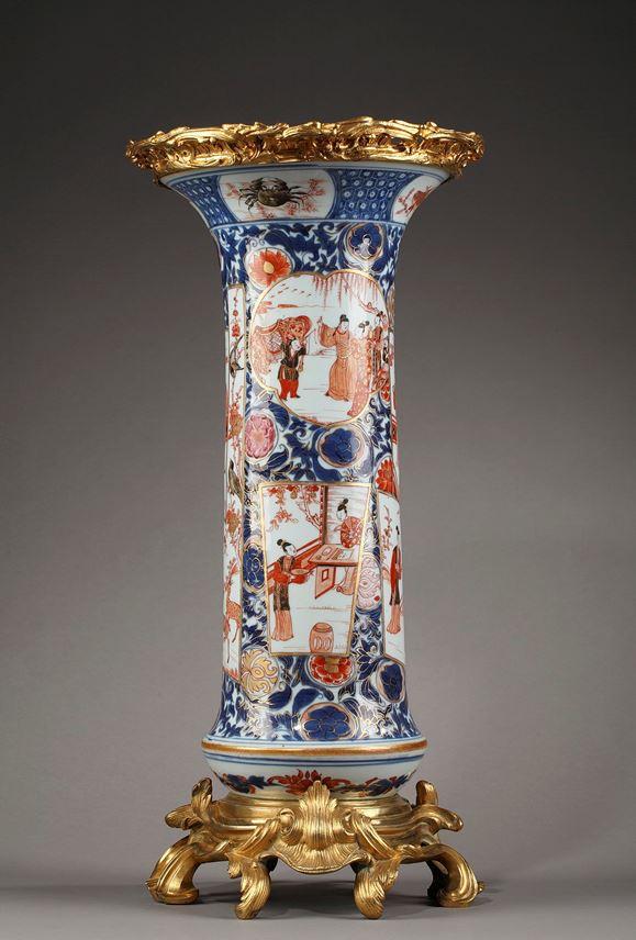 Important vase in Chinese porcelain | MasterArt