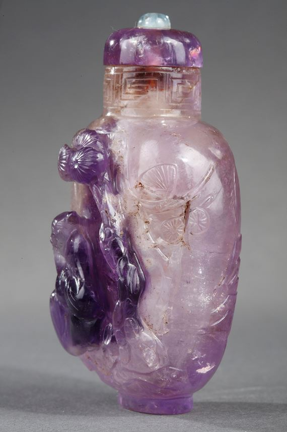 Snuff bottle rock crystal amethyst  sculpted with Shou Lao | MasterArt