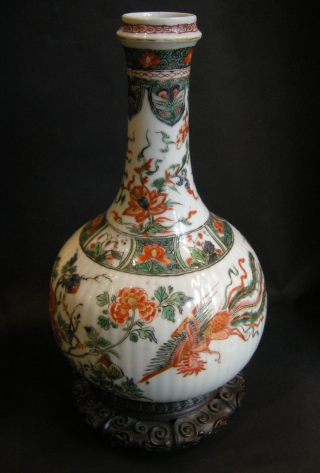 "Bottle ""famille verte"" porcelain decorated with phoenix and flowers Kangxi period"