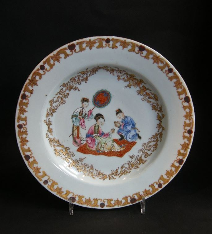 Chinese porcelain with a lady and her servants | MasterArt