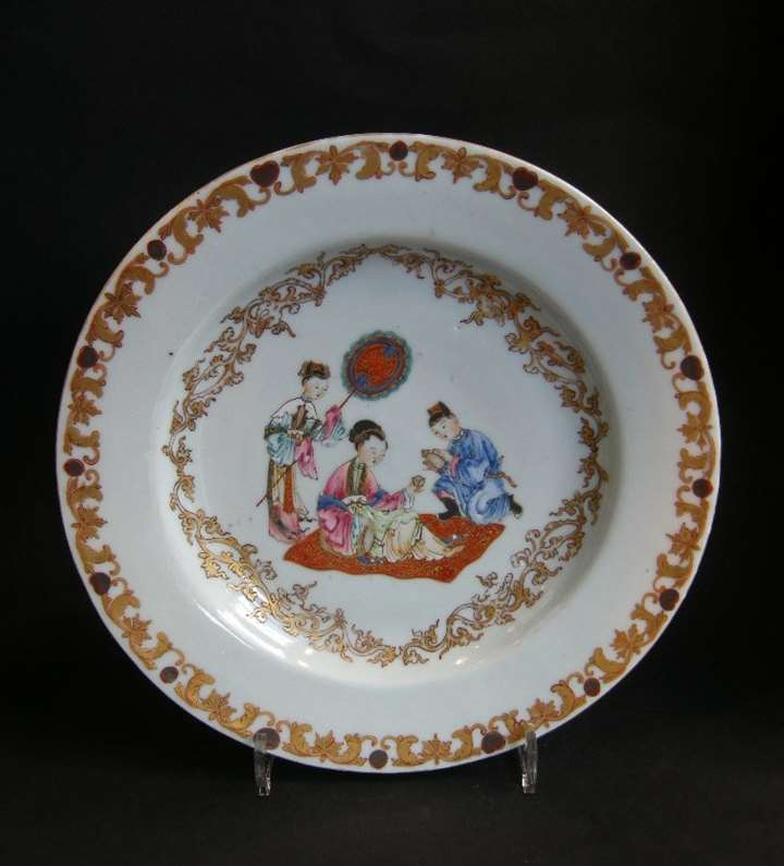 Chinese porcelain with a lady and her servants