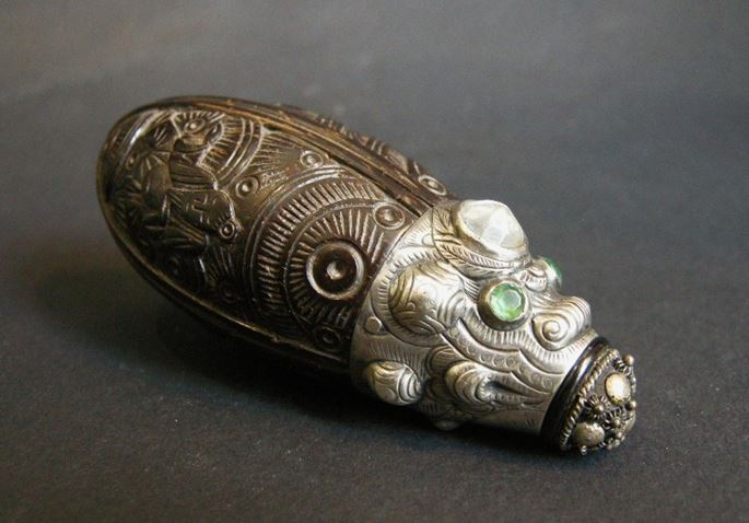 Coconut snuff bottle sculpted with silver mount stone embelishement | MasterArt