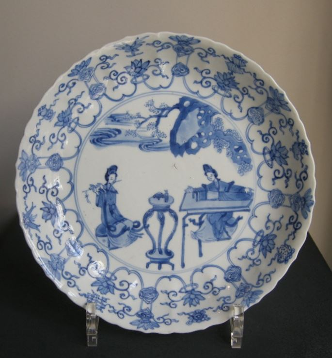 Dish blue and white porcelain | MasterArt