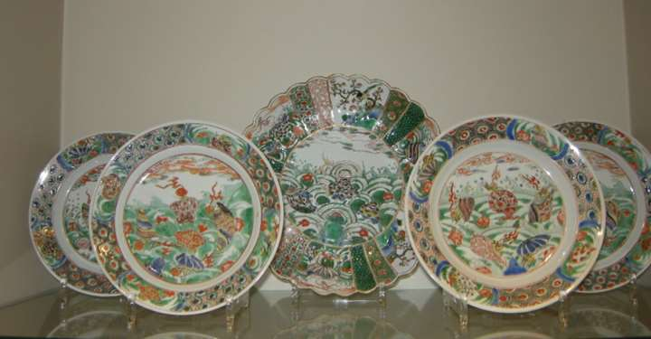 "Five dish porcelain ""Famille verte"" decorated with numerous seashells - Kangxi period"