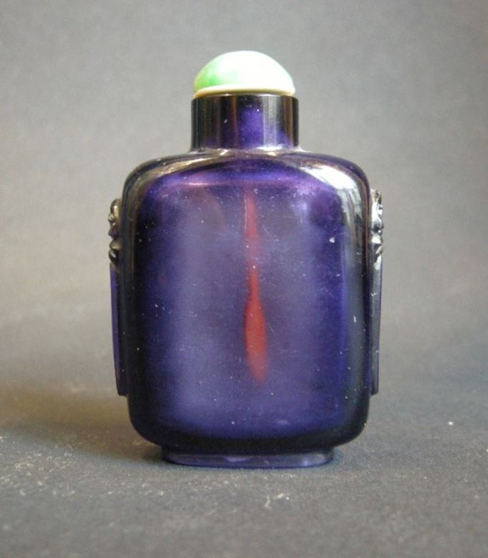 Glass snuff bottle imiting amethyst | MasterArt