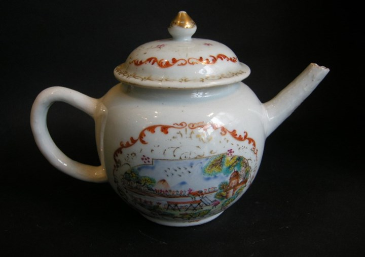 Teapot porcelain Meissen style - The pit sawyers - after an engraving of S Le Clerc
