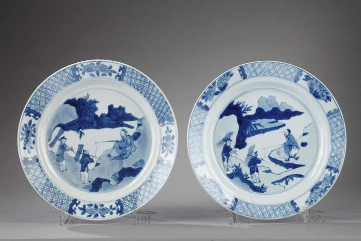 Pair of plates porcelain blue and white