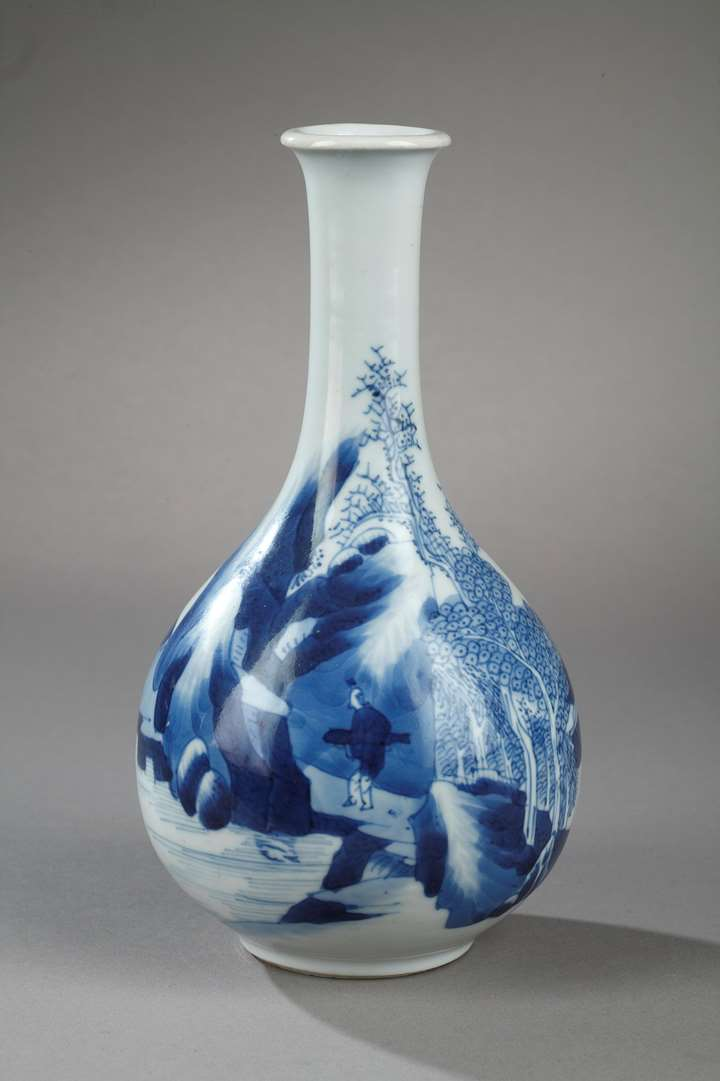 Vase blue and white landscape decor