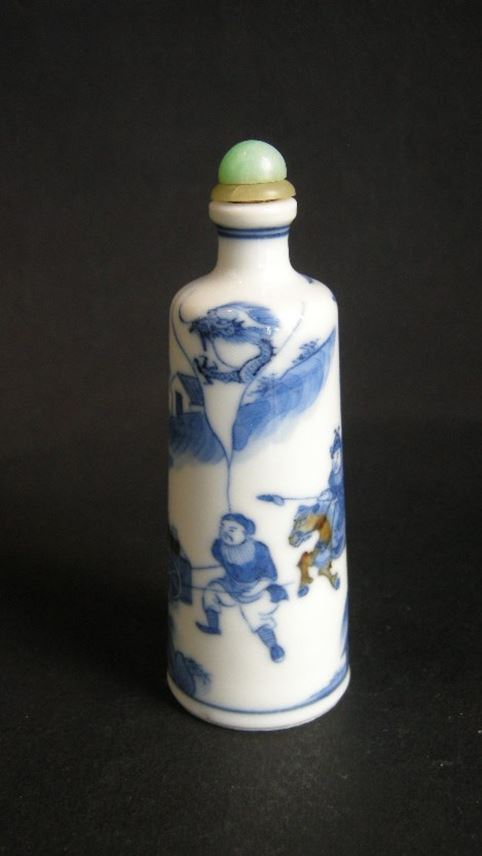Snuff bottle porcelain decorated in underglaze blue and copper redwith scene of novel | MasterArt
