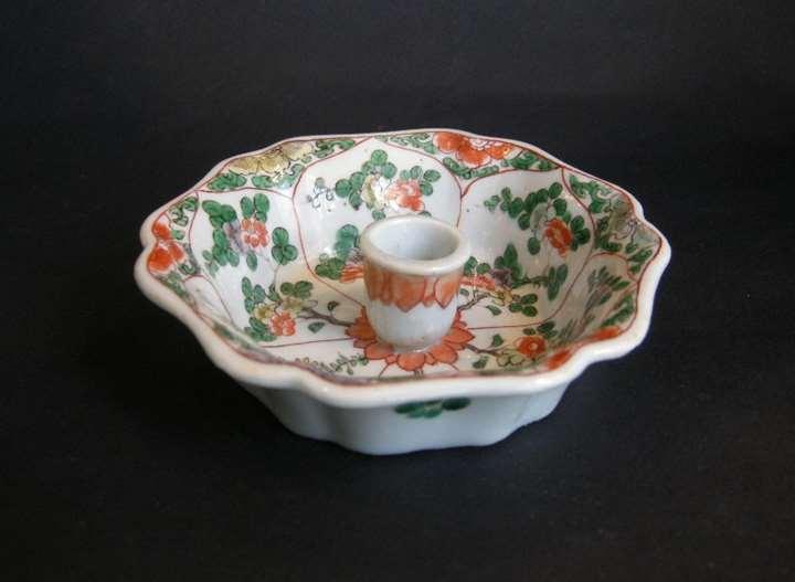 "Rare candleholder ""famille verte"" porcelain - the shape was derived from a European metal model"