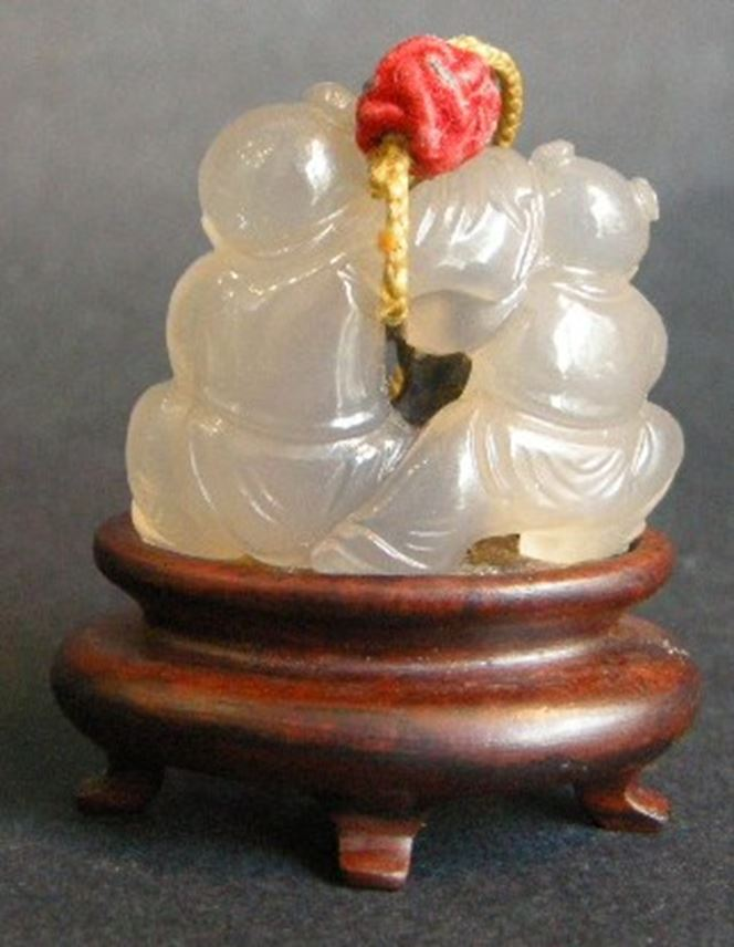 Agate pendant - sculpted with twin boys and a fish filet   MasterArt