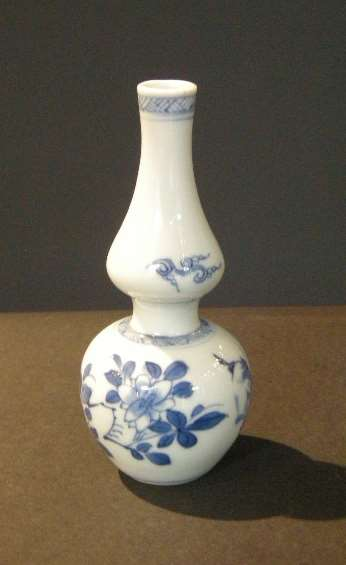 Small vase double gourd  blue and white porcelain