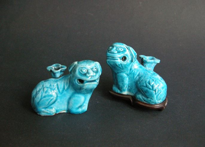 Two fo dogs stick holders  biscuit bleu turquoise | MasterArt