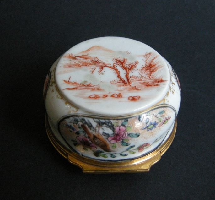 Round box porcelain  decorated with chinese scenes and flowers a birds,  gold metal mount  occidental | MasterArt
