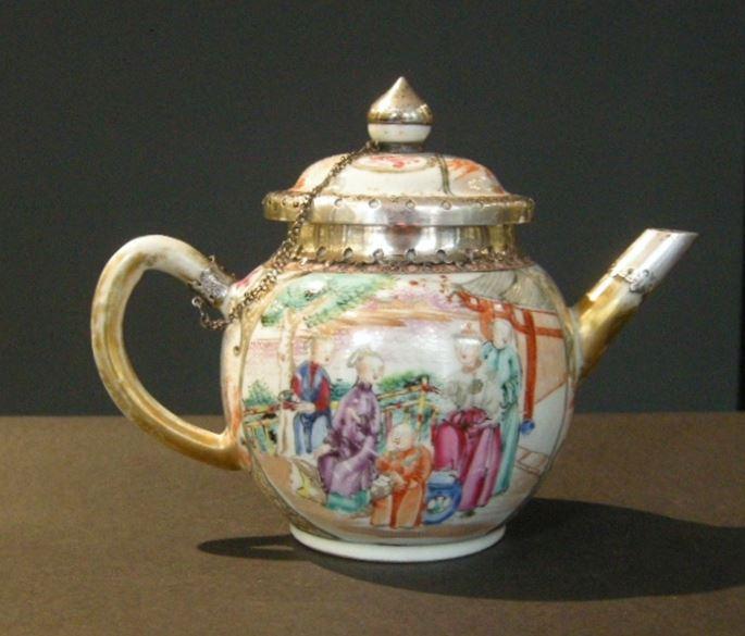 "Teapot porcelain ""Famille Rose""  Mandarin decor | MasterArt"