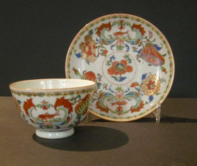 Cup and saucer Famille rose porcelain decorated with the Mme de  Pompadour decor - Circa 1745 -