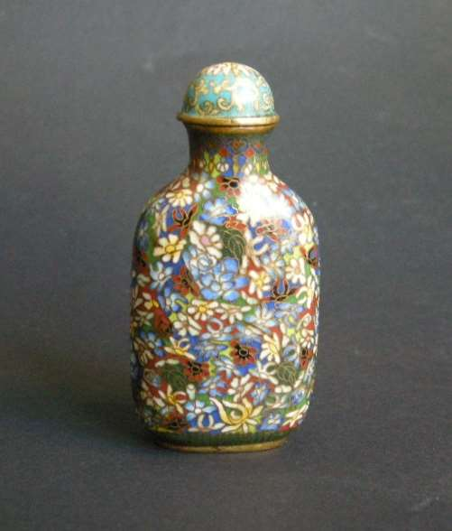 "Snuff bottle cloisonné enamels on bronze decorated ""mille fleurs"""