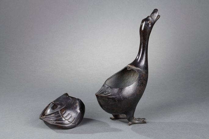 Chinese bronze with brown patina goose in a very realistic attitude, used as an incense burner   MasterArt