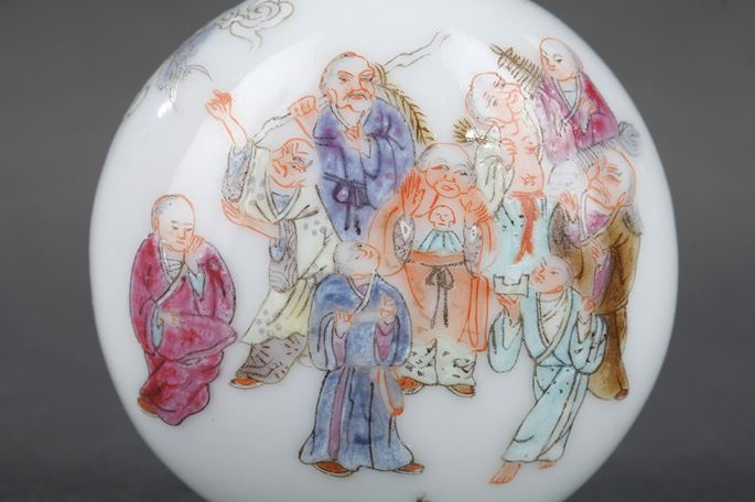 Chinese porcelain snuff bottle | MasterArt