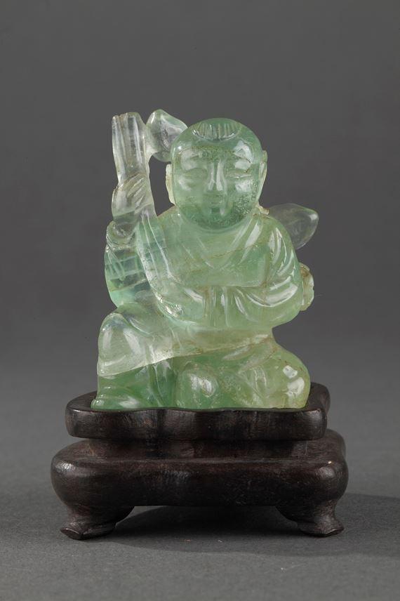 Small figure boy green quartz   MasterArt