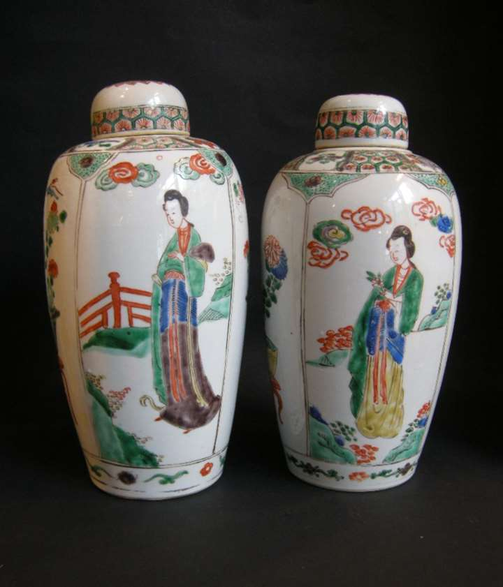 "Pair of porcelain vases ""Famille verte "" with covers - Kangxi period"