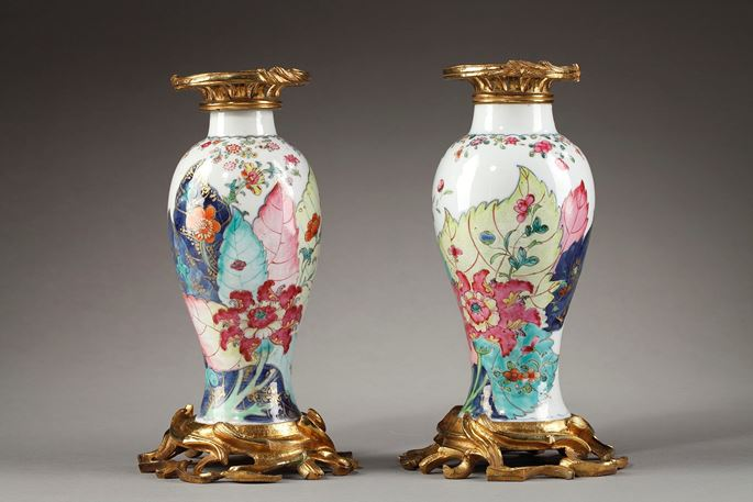 "Pair of vases ""famille rose"" porcelain decorated with Tobacco leaf -Qianlong period 