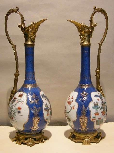 "Pair of vases mounted in ewers Porcelain ""Famille verte"" Kangxi period"