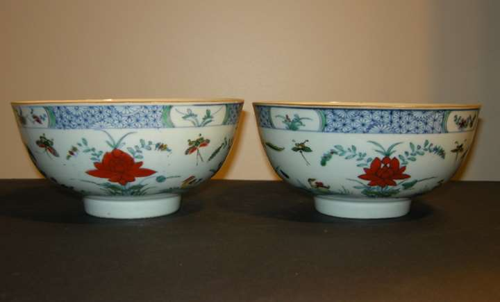 "Pair porcelain bowls ""Famille verte"" decorated with the doucai style  - Yongzheng period"