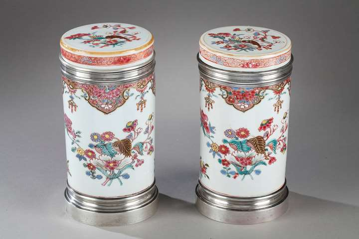 "Pair porcelain box for the tea  ""famille rose""  decorated with flowers -  Qianlong period -Silver mount 19th century  probably English work"