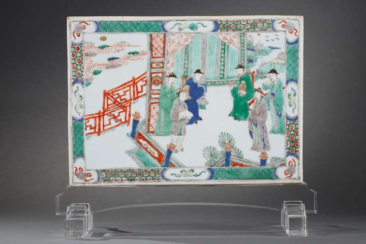 "Plaque ""Famille verte"" porcelain decorated on a side with figures in a pavillon and other side with flowers and birds"