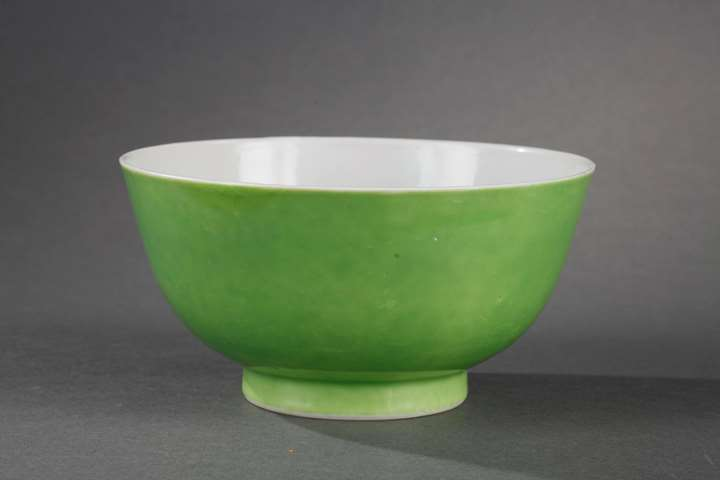 Porcelain bowl enamelled limegreen