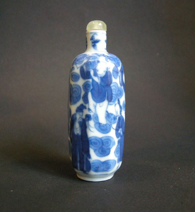 "Porcelain snuff bottle ""blue and white"" painted wih Immortals 