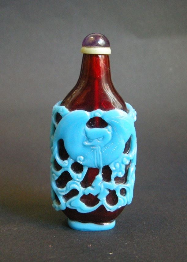 Rare Overlay glass Snuff Bottle Turquoise and  red rubis | MasterArt