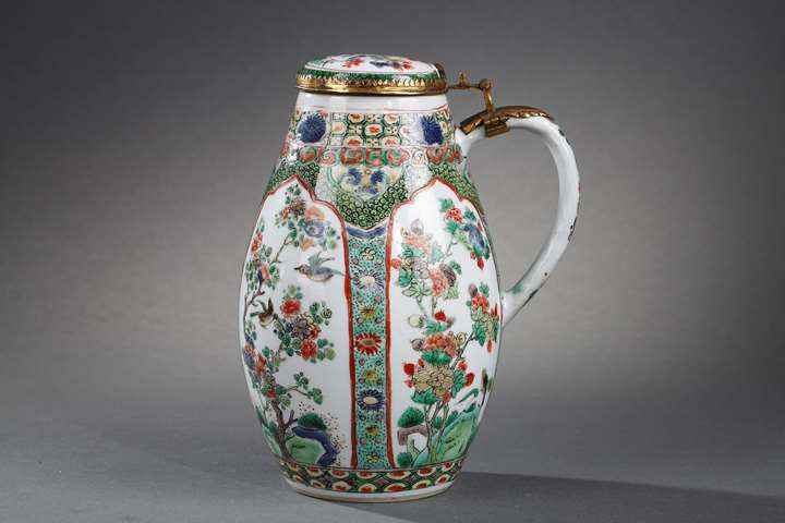 Tankard and cover famille verte porcelain - decorated with panels flowers and birds  finely painted