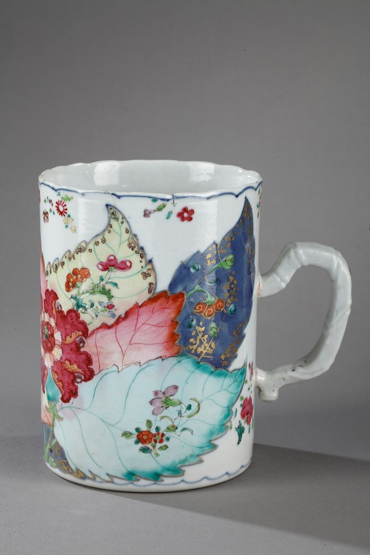 Tankard porcelain tobacco leaf decor