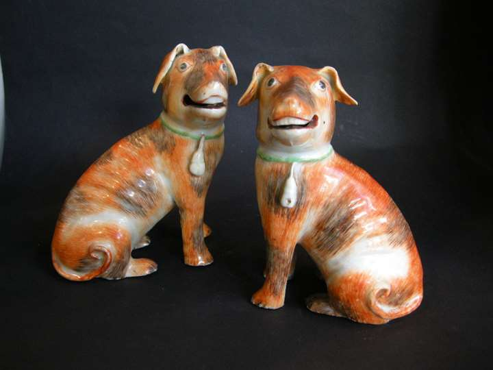 Pair of European dogs chinese export - Qianlong period