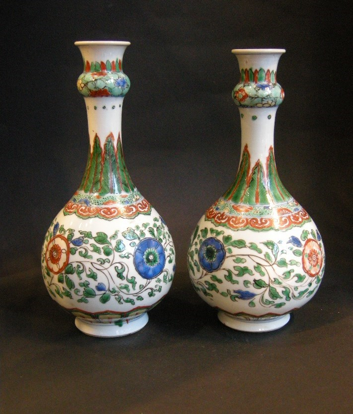 "Pair of bottles ""famille verte porcelain Oriental shape - Kangxi period"
