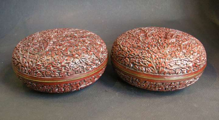 Pair of cinnabar lacquer box with numerous flowers