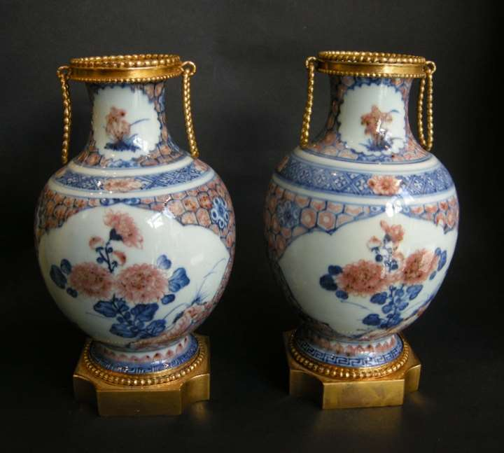 Pair porcelain vases decorated in underglaze blue and copper red