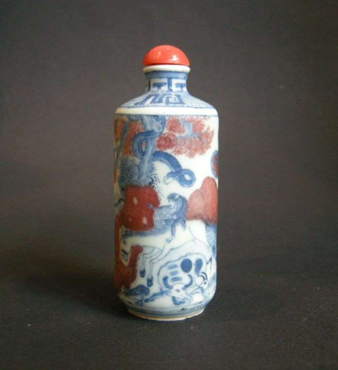 Porcelain snuff bottle decorated in underglaze blue and copper red with twelve animals of zodiac