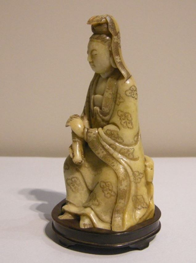 Small figure  Guanyin in soapstone | MasterArt