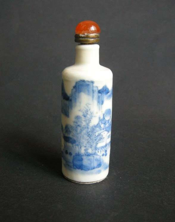 Snuff bottle porcelain blue and white finely painted  with a landscape