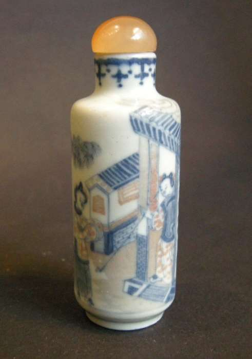 snuff bottle porcelain enamelled in copper red and underglaze blue decorated with figures horse in a landscape - 19° century