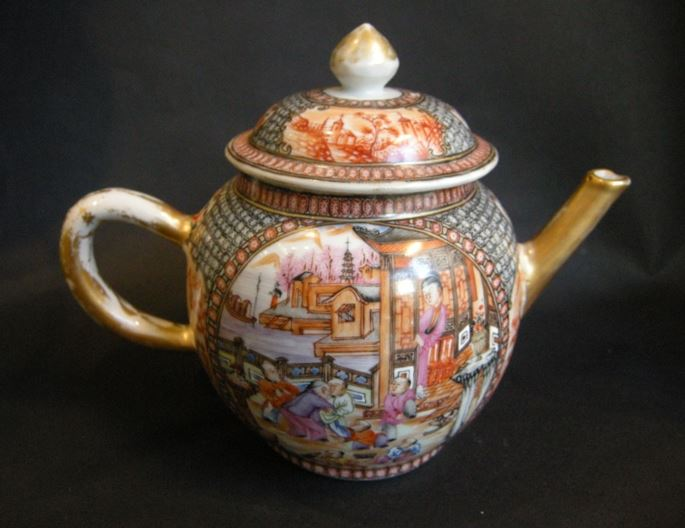Tea pot famille rose porcelain | MasterArt