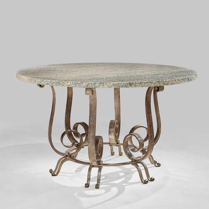 Rare rond table